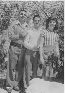 האחים יוסי, צביקו ועצמונה 1948