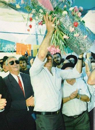 1988, ריקודים עם הספר, יוסף עבו עברון