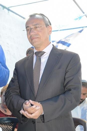"""שגריר צרפת בישראל, ז'אן מישל קאזה, אורח הכבוד בבית עבו בצפת, ל""""ג בעומר תשס""""ז 2007"""
