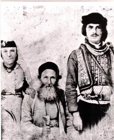 הרב הקונסול יעקב חי עבו, אשתו, ושומר הראש הקוואס
