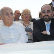 משמאל: שר המשפטים פרופ' יעקב נאמן, מימין: שר הדתות הרב יעקב מרגי